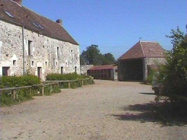 (C) Saint Yvière